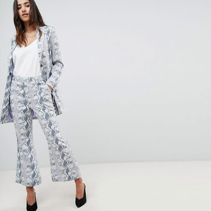 Unique 21 Cropped Flare Trouser In Snake Print Co-Ord