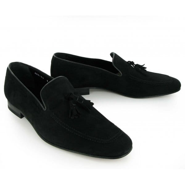 Men's Loafers from report2day.ml Whether you're in search of sleek black slip-ons to round out your office wardrobe, brown leather boat shoes for an upcoming vacation, or a pair of suede penny loafers for the ultimate business-casual look, report2day.ml offers a wide variety of men's loafers in a selection of styles, materials, colors, and brands.