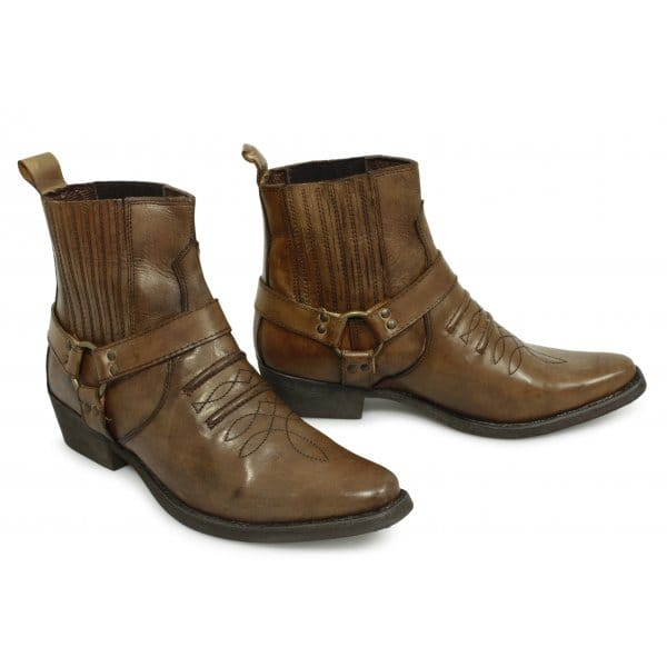 And whether soft leather boots for men is half boot, ankle boot, or knee boot. There are 1, soft leather boots for men suppliers, mainly located in Asia. The top supplying countries are China (Mainland), Pakistan, and India, which supply 63%, 33%, and 2% of soft leather boots for men .