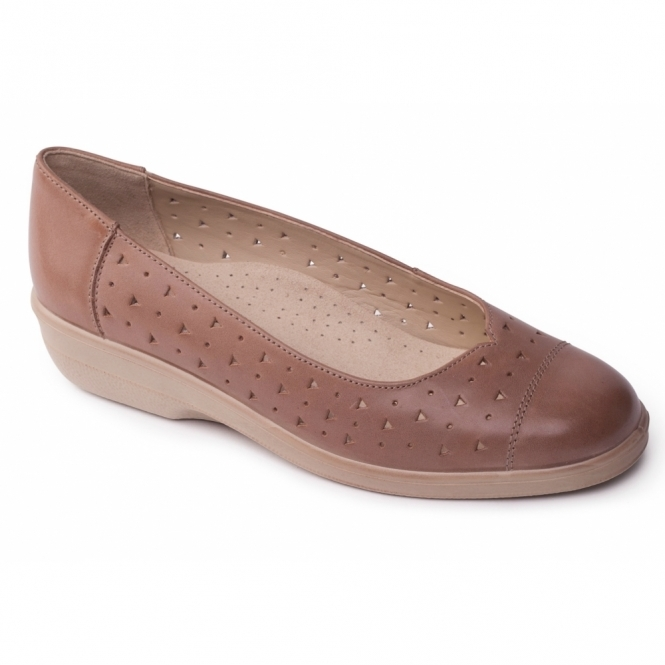 Padders FAYE Ladies Extra Wide Leather Pumps Beige