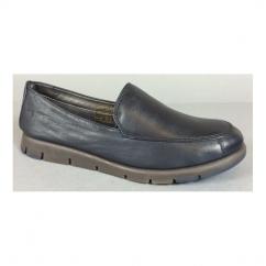 FOUR WILLIAM Ladies Leather Slip On Loafers Cafu
