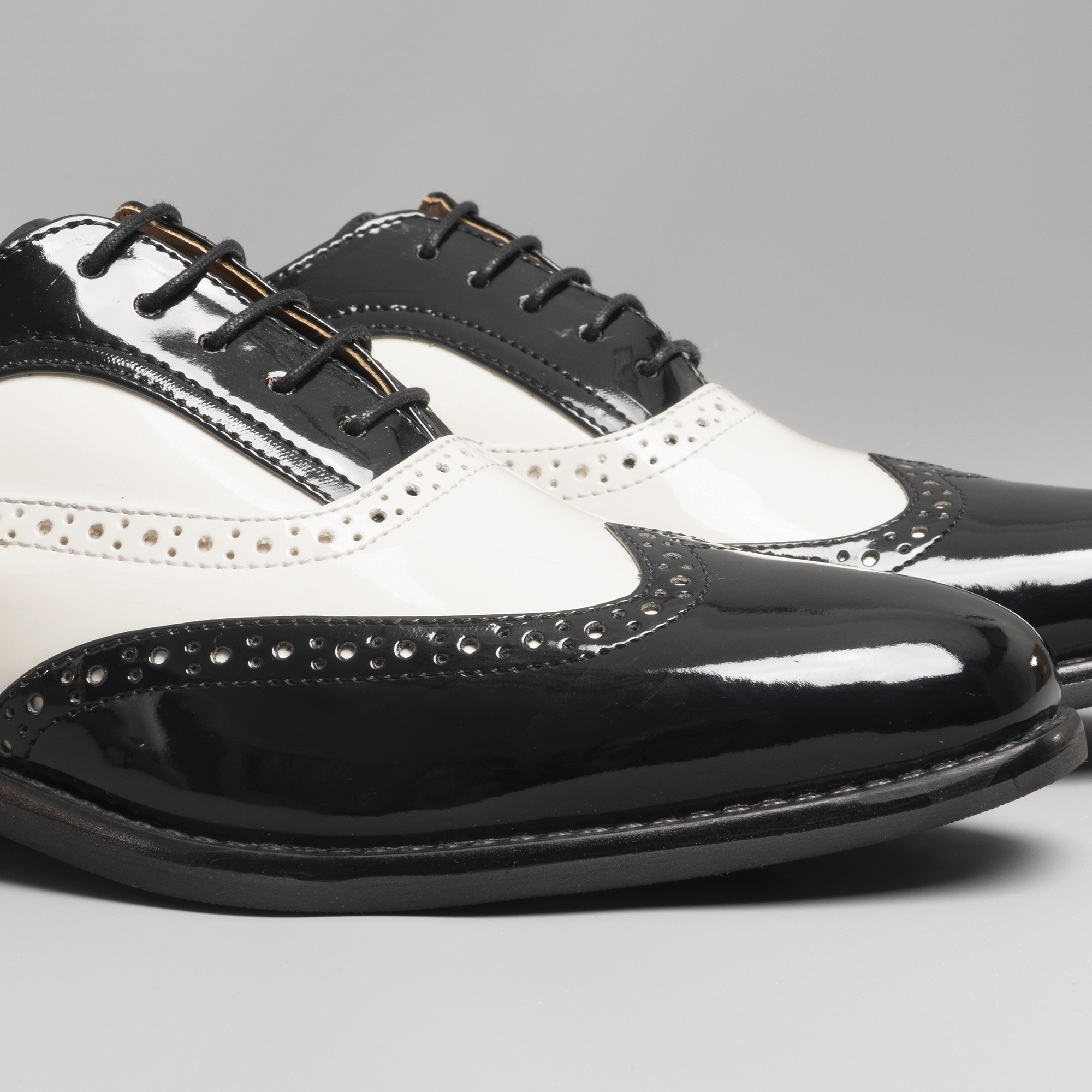 Details about Mister Carlo BAGGIO Mens Faux Patent Leather Smart Semi Brogue Lace Up Shoes