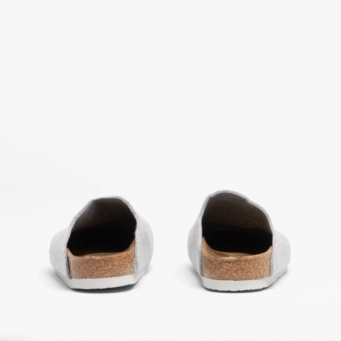 ed9438aa49c16 AMSTERDAM 1016656 (Reg) Unisex Wool Felt Clog Slippers Light Grey