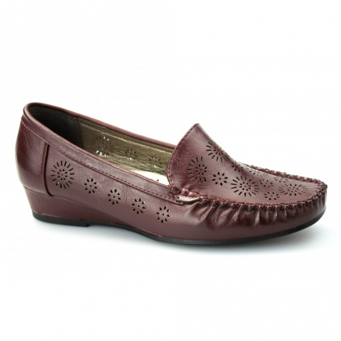 Comfort Plus AVELINE Ladies Faux Leather Wide Fit Wedge Loafers Burgundy