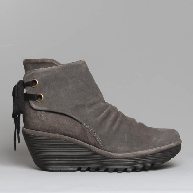 45134999438 Fly London YAMA Suede Ankle Boots Diesel