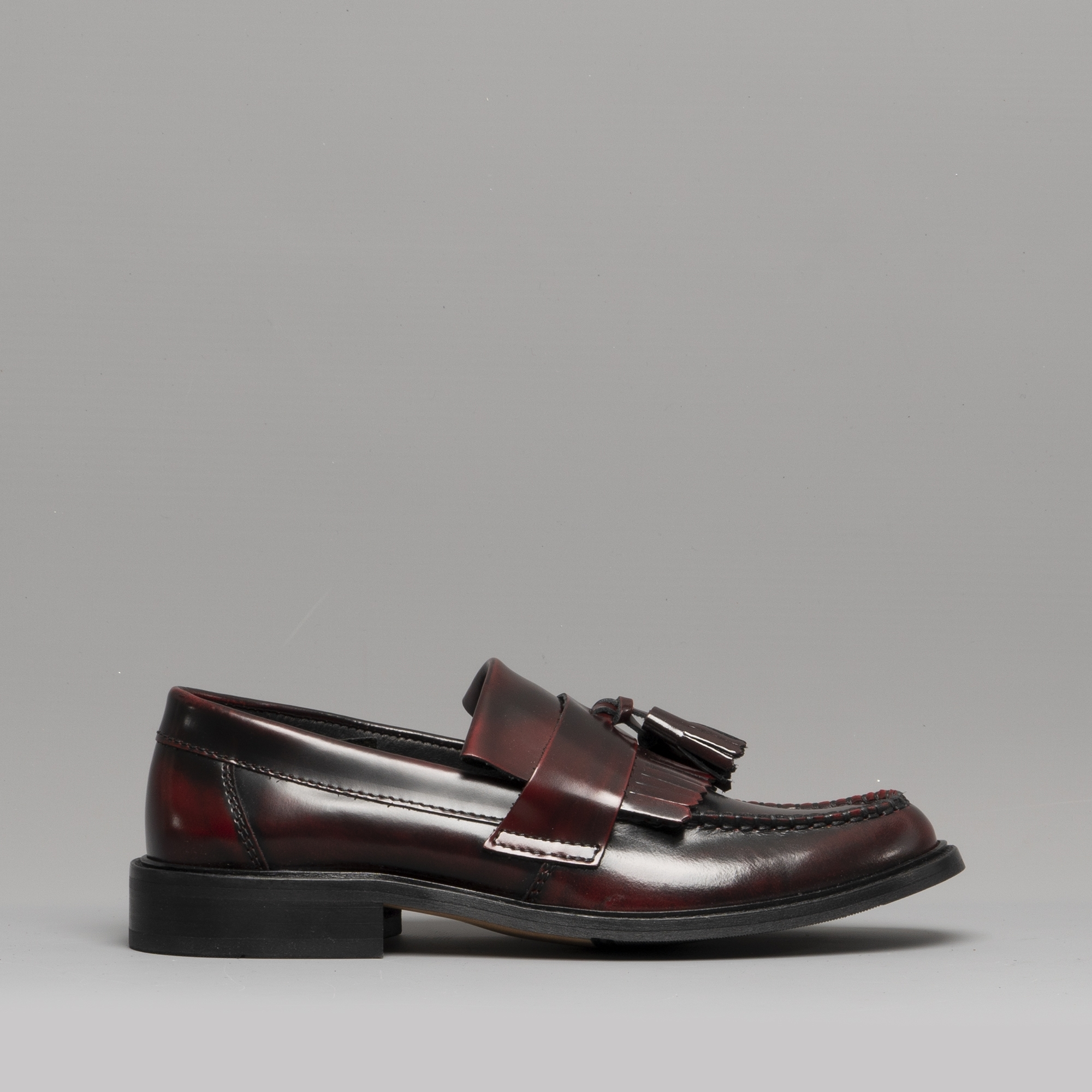 50834da0f01 IKON SELECTA Womens Ladies Tassel Loafers Oxblood