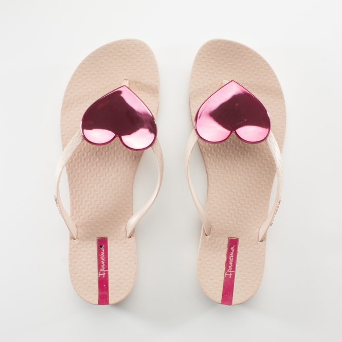 b53495e100ba Ipanema MAXI HEART Womens Flip Flops Pink