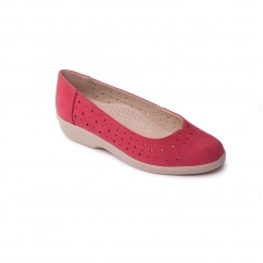 FAYE Ladies Leather Extra Wide (2E) Pumps Raspberry