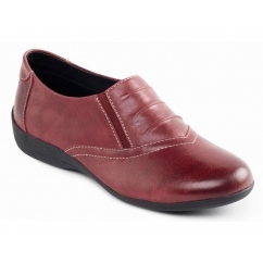 VALLEY Ladies Leather Slip On Shoes Wine
