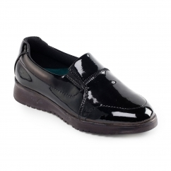 RETREAT Ladies Leather Wide/Extra Wide Shoes Black Patent