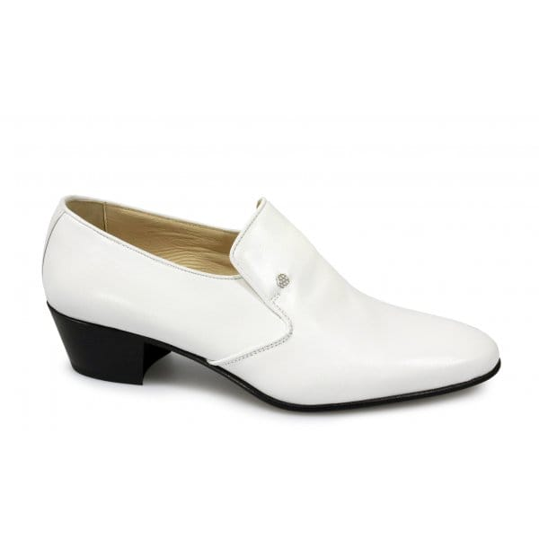shuperb crafted white cuban heel shoes for