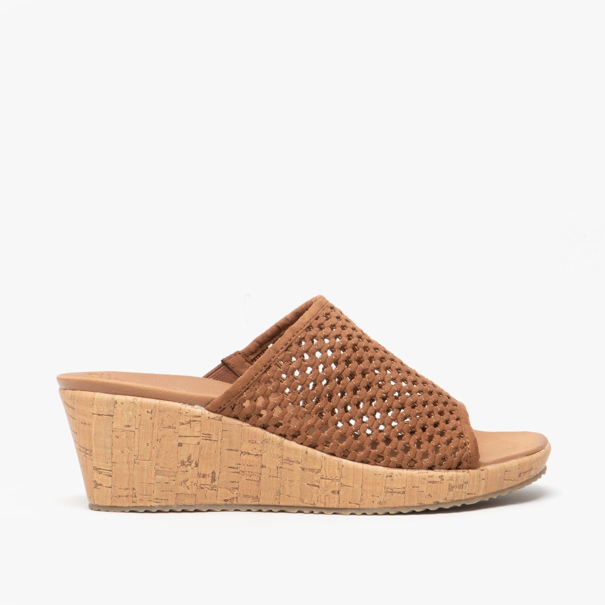 GOLDEN SKY Ladies Wedge Mule Sandals