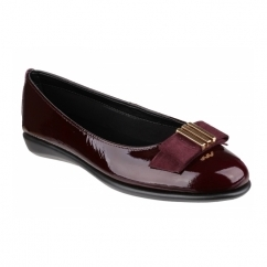 RISE A BOW Ladies Patent Leather Ballerina Pumps Merlot
