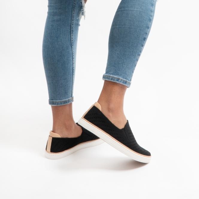 UGG SAMMY CHEVRON Ladies Slip On Shoes